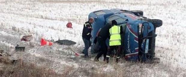 sivas askeri araç kaza.jpg