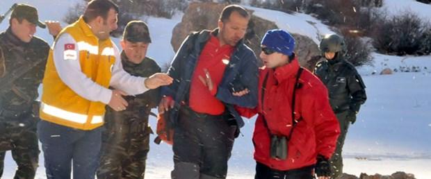 Soğuktan donmamak için 20 km yürümüş