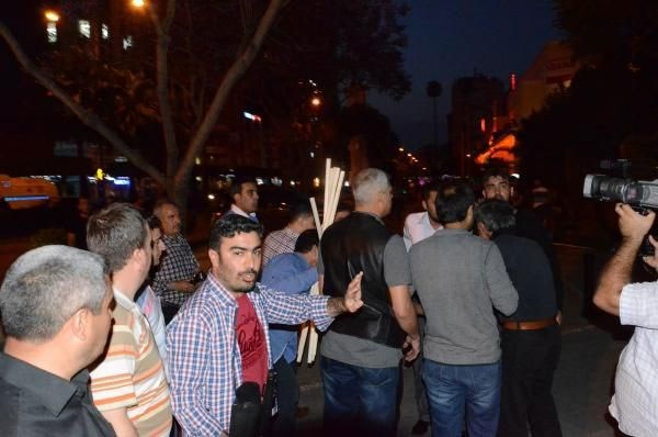 Soma protestocularına sopalı saldırı