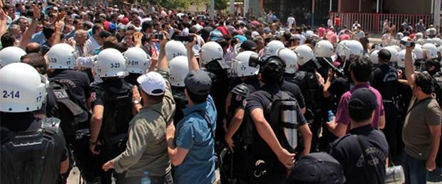 Soma'da facia protestosuna biber gazı