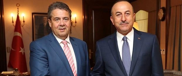 Mevlüt-Çavuşoğlu-Gabriel-2017-1.jpg
