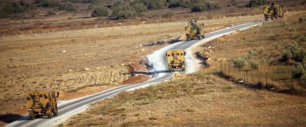 idlib asker tsk konvoy050218.jpg
