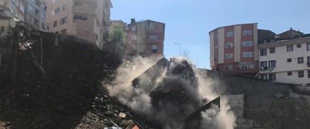 Kağıthane'de bina çöktü ile ilgili görsel sonucu