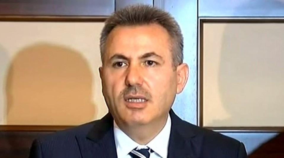 Ağrı Valisi Süleyman Elbankameralar karşısına geçerek açıklamalarda bulundu