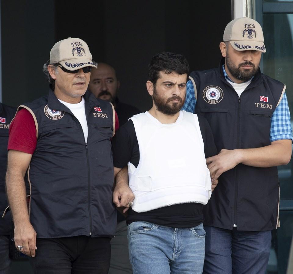 Sorgulaması devam eden Yusuf Nazik sağlık kontrolleri için zırhlı araçla hastaneye götürüldü.