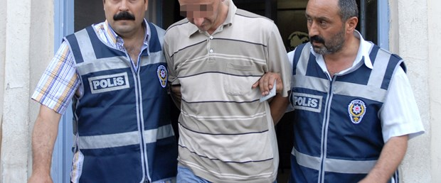 Soyulan kuyumcu, soyguncu polisi yakalattı