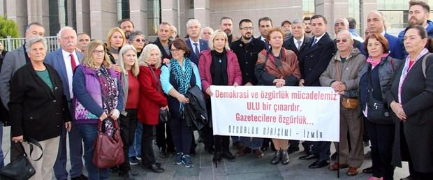 sozcu-gazetesi-davasi-oncesi-sessiz-protesto_8018_dhaphoto5.jpg
