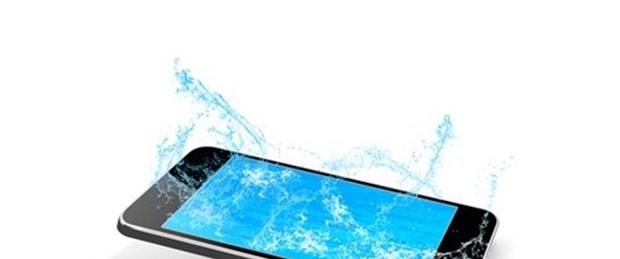 Su geçirmez telefonlar geliyor