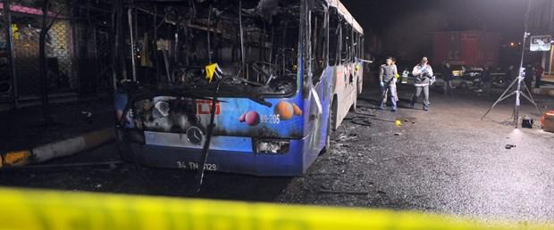 Sultanbeyli'de belediye otobüsü yakıldı