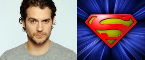 Superman'i biraz daha bekleyeceğiz!