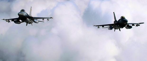 Suriye sınırına iki Türk uçağı havalandı