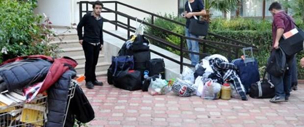 Tahliye kararı öğrencileri evsiz bıraktı
