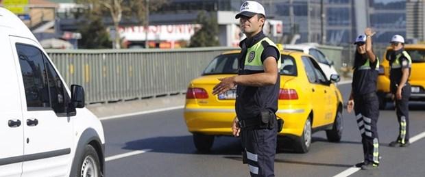 polis-taksi-09-04-15