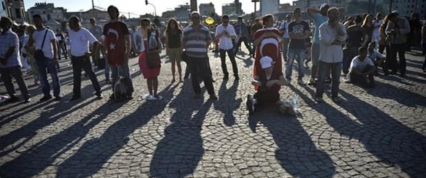 Taksim'de hayat durdu!