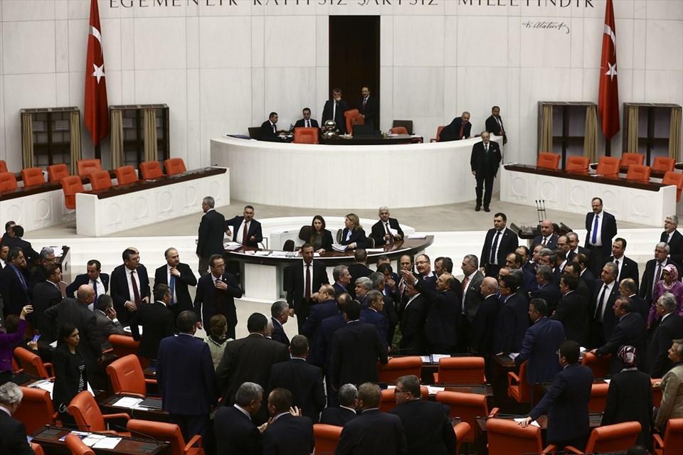 Anayasa değişiklik teklifi, Anayasa değişiklik teklifi 4. madde