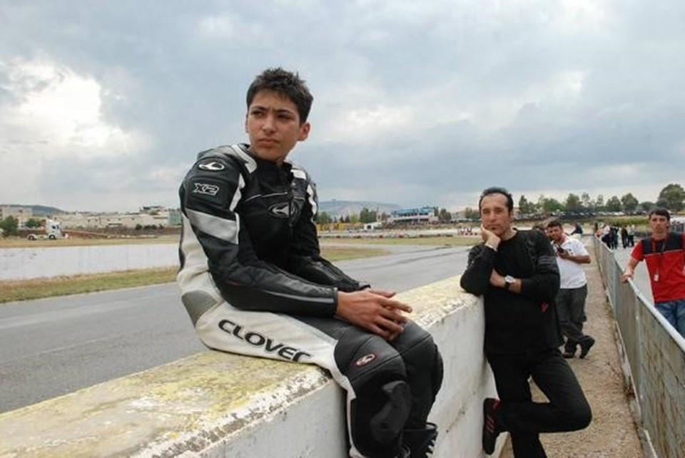 Arif Razgatlıoğlu, milli motosiklet sporcusu Toprak Razgatlıoğlu'nun da babası.