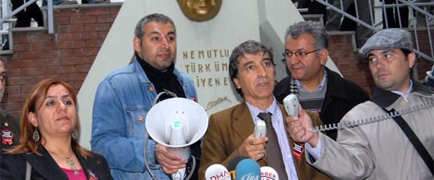 Tekel işçilerini destekleyen öğretmenlere beraat