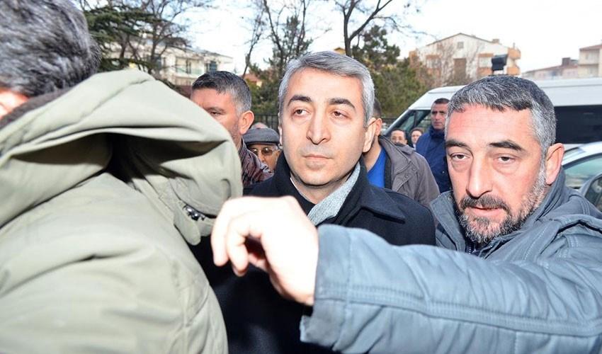 Eski TİB Başkanvekili Şen, avukatıyla geldiği Gölbaşı Adliyesi önünde gözaltına alınmıştı