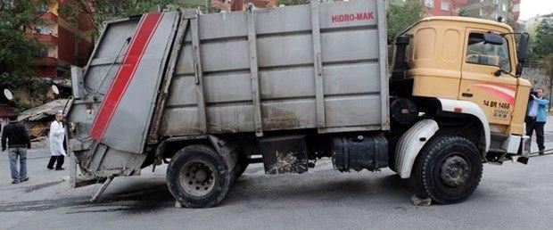 çöp arabı sultanbeyli040519.jpg