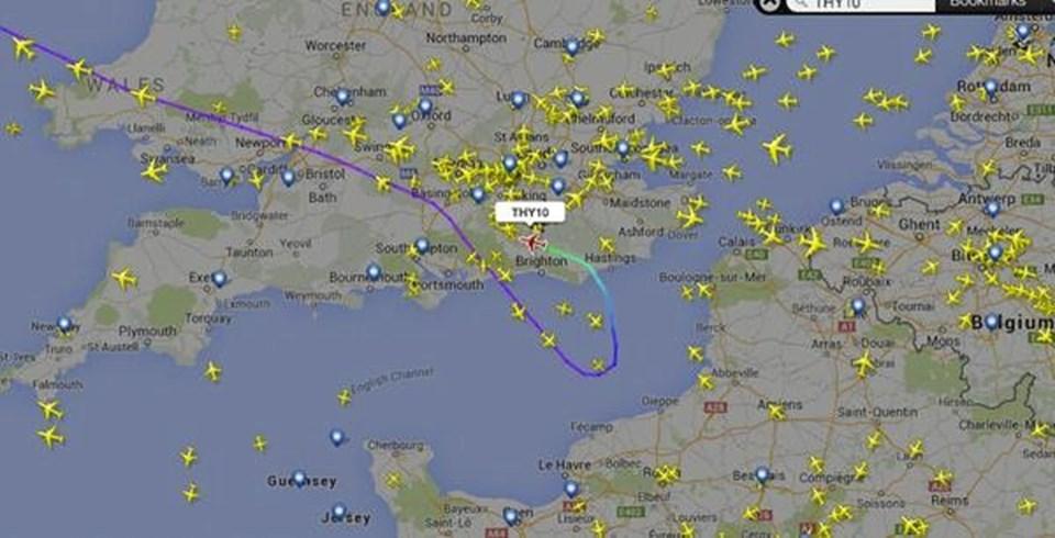 Los Angeles-İstanbul seferini yapan THY uçağı tedbir amaçlı Londra'ya iniş yaptı.