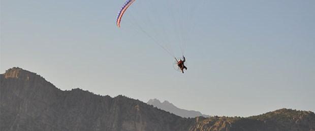 Tokat'ta yamaç paraşütü kazası: 1 ölü