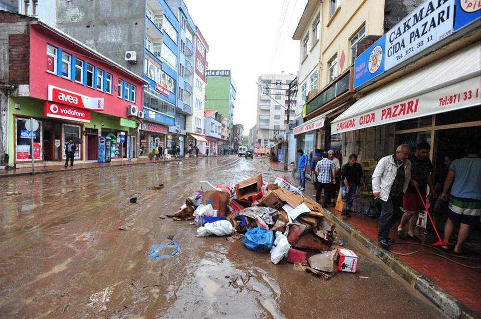 Trabzon'u su bastı