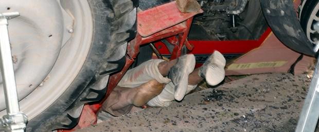 traktorun-altinda-kalan-baba-ogul-caresizce-kurtarilmayi-bekledi_6019_dhaphoto7.jpg
