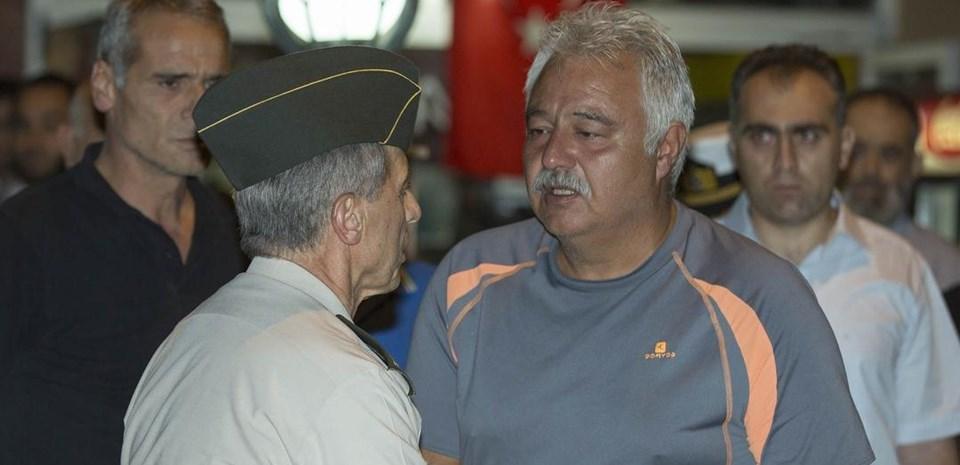 Jandarma Genel Komutanı Orgenaral Galip Mendi, taziye ziyaretinde bulundu.