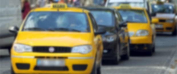 Turistleri dolandıran taksici yakalandı