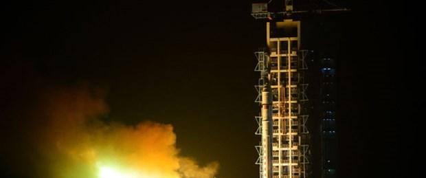 Türk keşif uydusu Göktürk-2 Uzay'a fırlatıldı