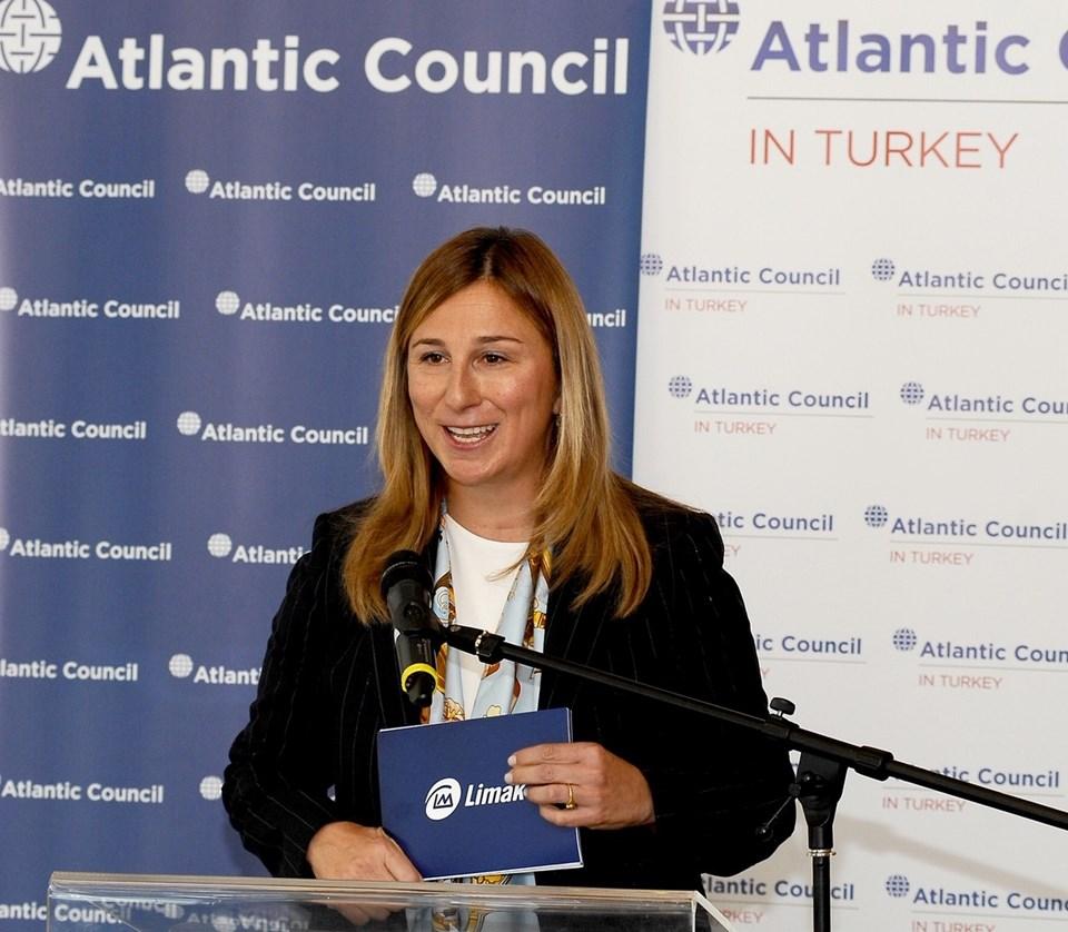 Ebru Özdemir (Limak Yatırım Yönetim Kurulu Başkanı)