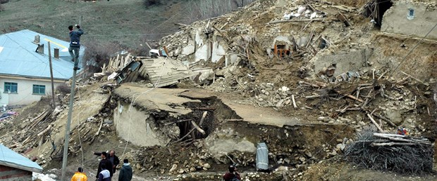 Türkiye'de bir yılda 9 bin deprem yaşandı