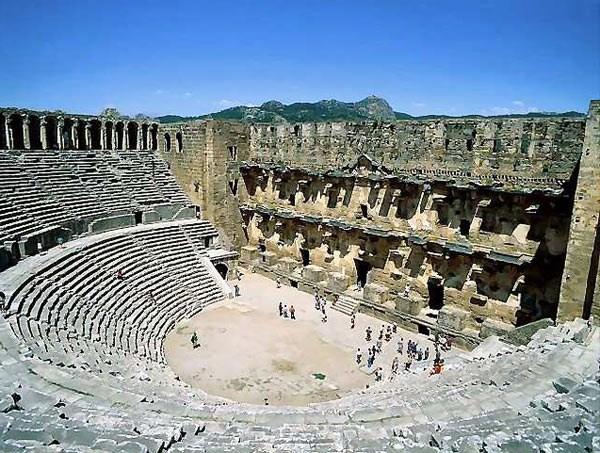 Antik güzel Aspendos