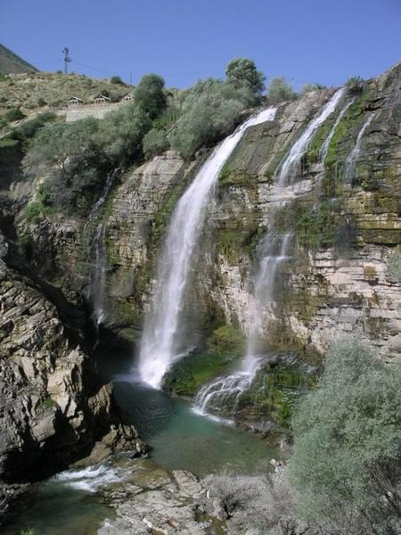Erzurum'da bir şelale