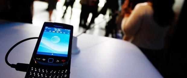 Türkiye'den de Blackberry'ye inceleme