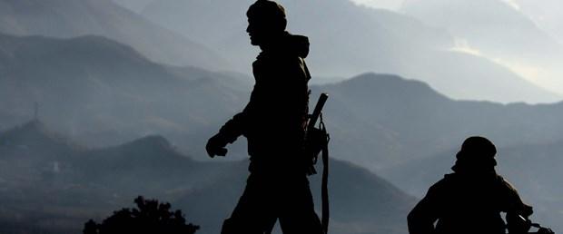 sınır asker silüet.jpg