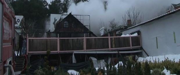 umraniyede-bir-anaokulun-atolyesi-yandı.jpg