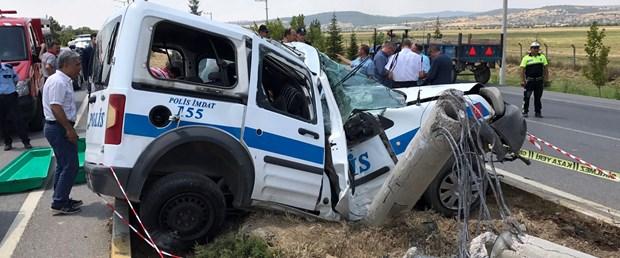 polis aracı kaza.jpg