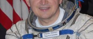 Uzay Turisti Simonyi geri döndü