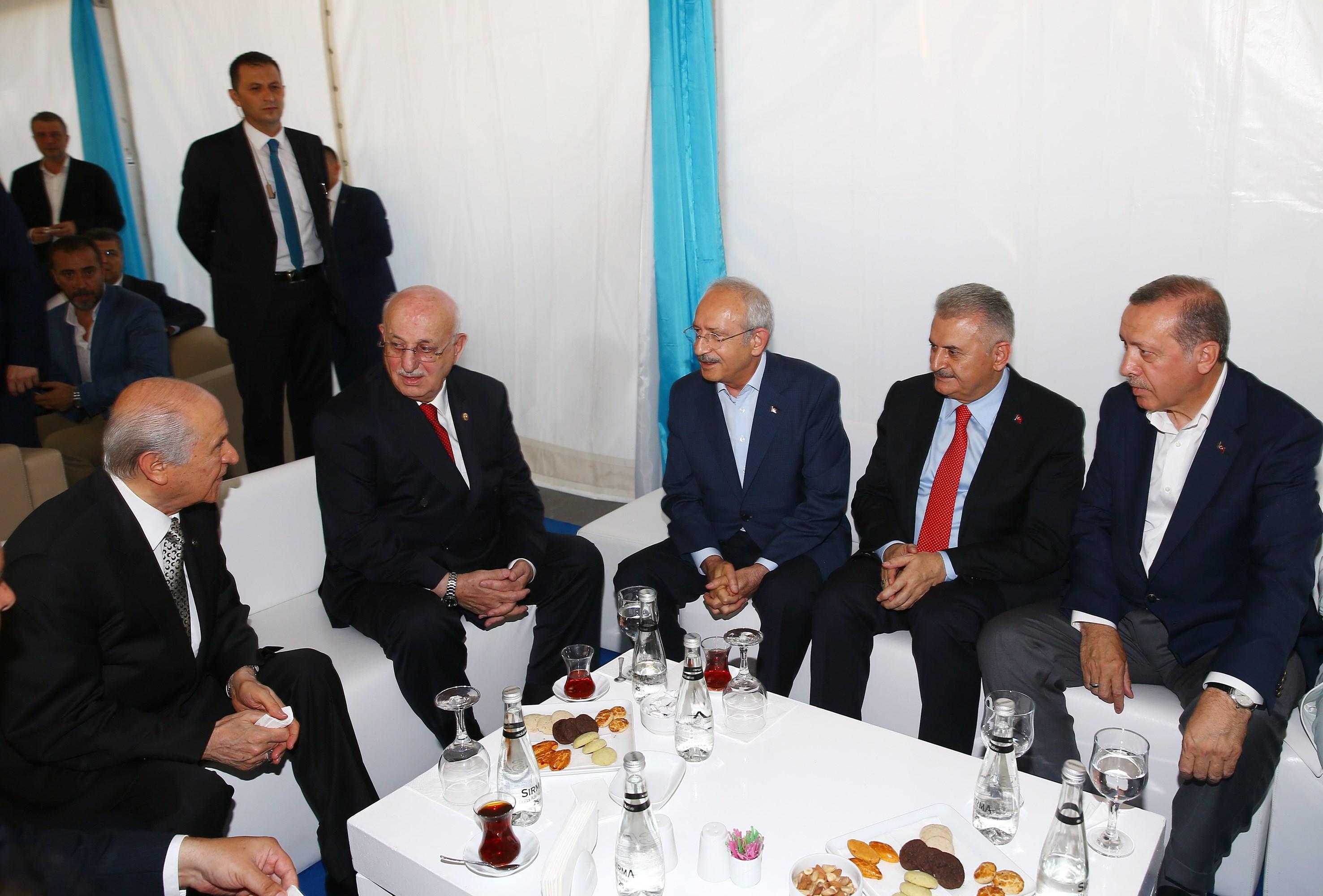 Özlenen  Türkiye  Siyaset Ortamı