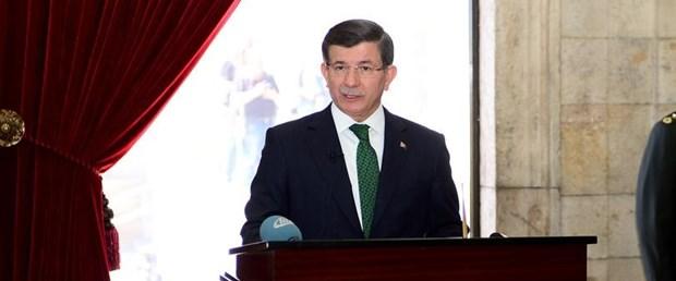 davutoğlu-anıtkabir-26-11-15.jpg