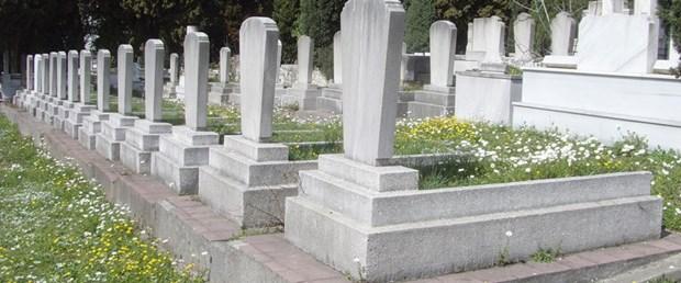 Zengin değilsen bu mezarlıkları unut!