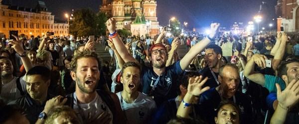Dünya Kupası'nda yabancılar Rusya'da 1,5 milyar dolar harcadı