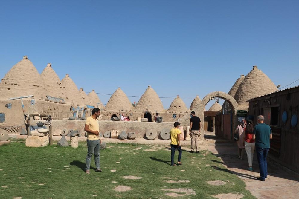Şanlıurfa'nın tarihi kümbet evleri turist ağırlamaya başladı - 9