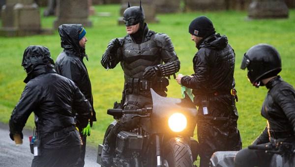 The Batman filminden ilk set fotoğrafları