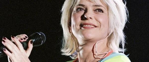 Fransız şarkıcıFrance Gall hayatını kaybetti
