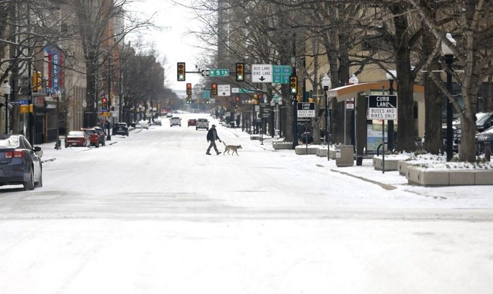 Teksas'ta kar fırtınası: En az 21 kişi hayatını kaybetti - 12