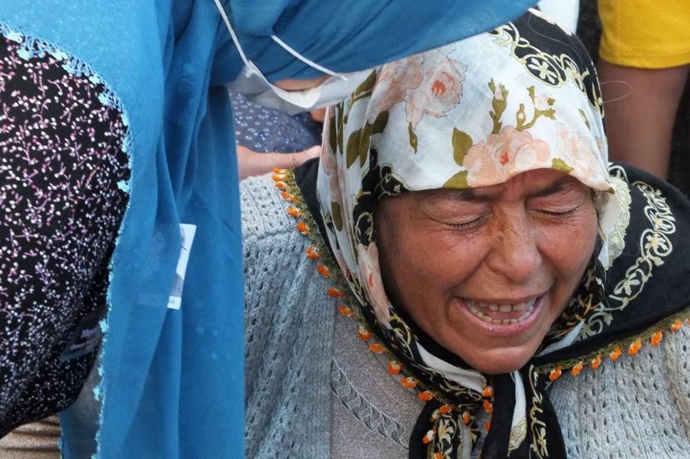Manavgat'taki yangında ölen orman işçisi babasını cübbesiyle uğurladı - 13