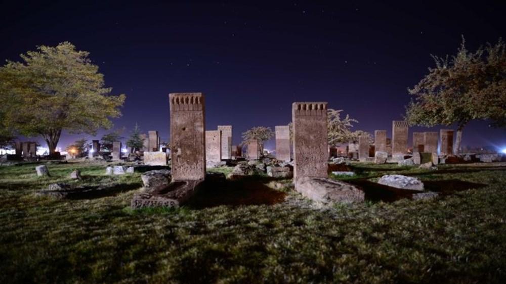 Dünyanın en büyük Türk-İslam mezarlığı: Ahlat Selçuklu Meydan Mezarlığı - 6
