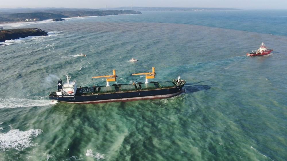 Riva'da sürüklenen kargo gemisi kurtarıldı - 3